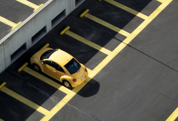 Des places de parking